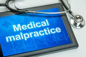 Study Find Doctors Who Use AI May Avoid Liability for Medical Malpractice